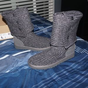 Women's Classic Cardy Boot Gray Color